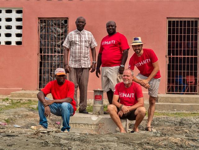Praga Haiti team5